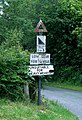 Hen arwydd ffordd - An old road sign - geograph.org.uk - 871959.jpg