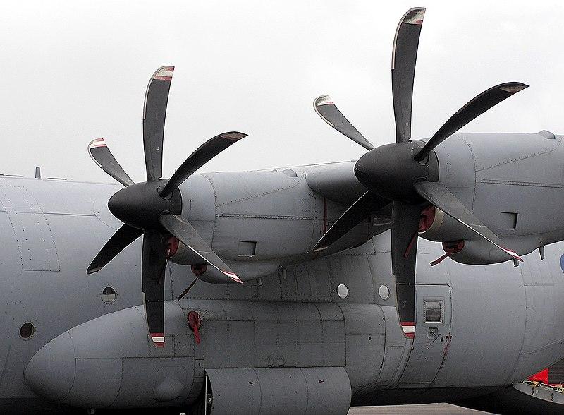Noticias del C-130 Hércules L-100 - (TC-100 FAA) - Página 2 800px-Hercules.propeller.arp