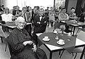 Het dienstencentrum in het Schoter Rechthuis. Aangekocht van United Photos de Boer bv. - Negatiefnummer 36369 k 25. - Gepubliceerd in het Haarlems Dagblad van 15.05.1992.JPG