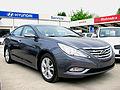 Hyundai Sonata 2.0 GLS 2010 (14007366313).jpg
