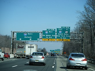 Interstate 287 - I-287 northbound approaching I-80 in Parsippany-Troy Hills