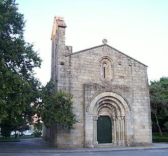Church of São Martinho de Cedofeita - The main facade of the Church of Cedofeita, still maintaining the Romanesque elements and dark granite stone