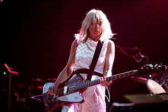 Kim Gordon - Gordon live with Sonic Youth, 2007
