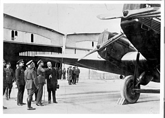 Iberia (airline) - King Alfonso XIII inspects one of the airline's Junkers G 24s