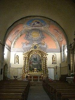 Intérieur de l'église de Ramatuelle.