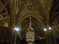 Interior del baptisteri, Siena.JPG