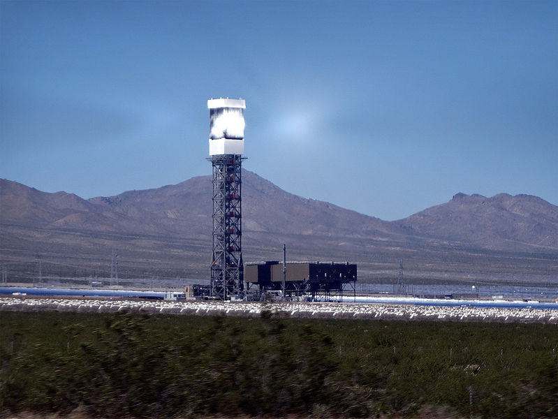 File:Ivanpah Solar Power Facility.