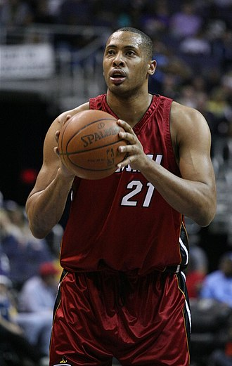 Jamaal Magloire - Magloire with the Miami Heat in 2009