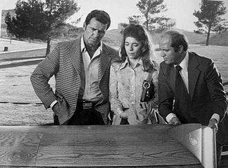 The Rockford Files - Rockford's investigation of a missing woman takes him to a local cemetery.