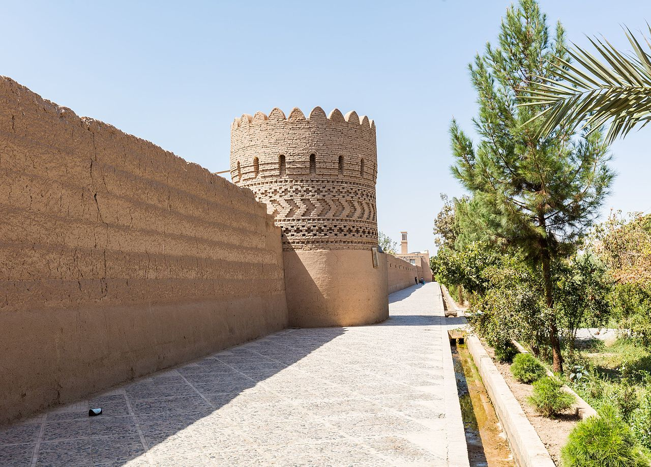 برج دیدهبانی باغ دولتآباد یزد