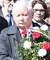 Jarosław Kaczyński składa wieńce na Cmentarzu na Powązkach.jpg