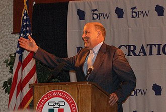 Jim Doyle - Doyle giving a speech in 2005