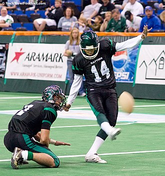 Rock River Raptors - Jim Terry kicking for the Raptors
