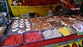 Jindaiji Darum ichi (Daruma market) (25721941017).jpg
