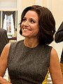 Julia Louis-Dreyfus on the Veep Set (10945064395).jpg