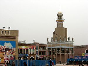 Kashgar - A minaret in Kashgar close to Id Kah mosque