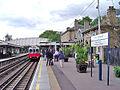 Kew gardens station.jpg