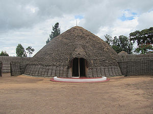 Tutsi - The traditional Tutsi king's palace in Nyanza.