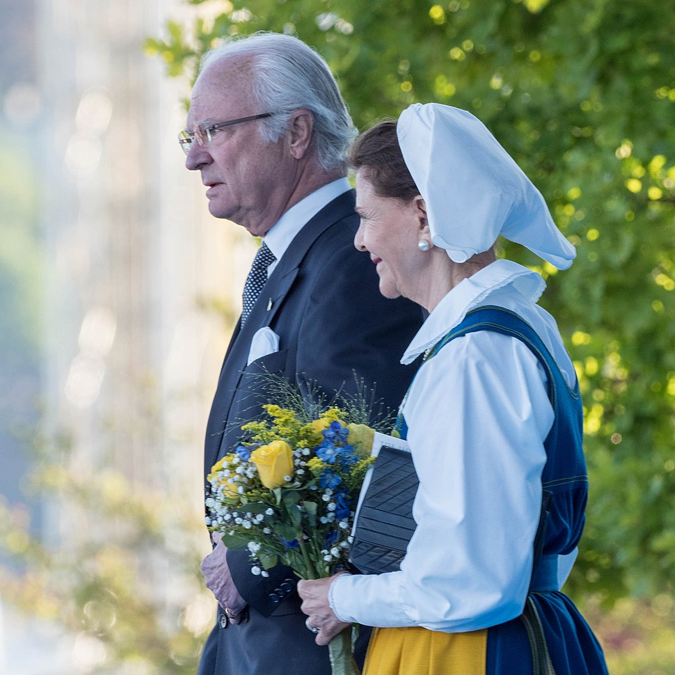 King Carl XVI Gustaf and Queen Silvia EM1B1615 (34342167093)