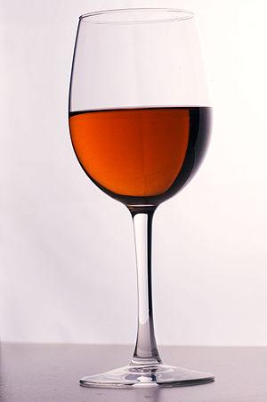 Kir (cocktail) - Image: Kir cocktail