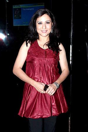 Kishori Shahane - Kishori Shahane at The Premiere of Marathi film 'Ajinta'