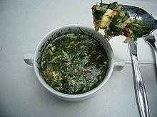 Okroshka preparata con il kvas
