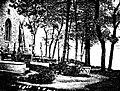 L'église de Landévennec et son cimetière face à la mer.jpg