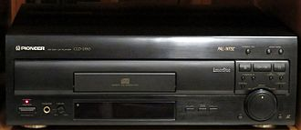 LaserDisc - A CD, CDV, LD player PIONEER CLD-2950.