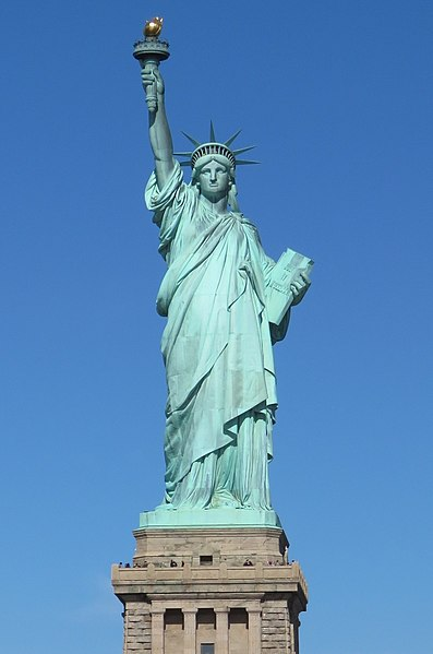 File:Lady Liberty under a blue sky (cropped) (cropped).jpg