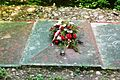 Las Bytynski (Grzebienisko Las, Monument to victims of the Second World War).JPG