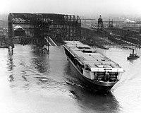 200px Launch of USS Ranger %28CV 4%29 at Newport News Shipbuilding on 25 February 1933 %2880 G 1007392%29 19