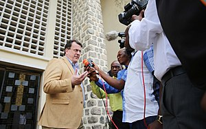 Kamwina Nsapu rebellion - UN Deputy Special Representative David Gressly speaks with the press after meeting with MONUSCO and Congolese officials to discuss the conflict.