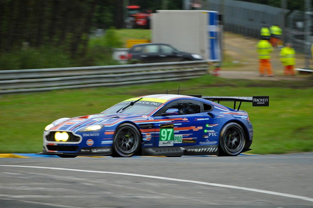 Grand Prix Racing >> Aston Martin Vantage GT2 - Wikipedia