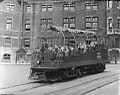 Le char observatoire a la place d Armes en 1943.jpg