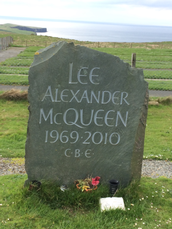 Lee Alexander McQueen Headstone, Kilmuir, Isle of Skye. Lee Alexander McQueen Headstone.png