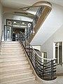 Lescalier dentrée de la bibliothèque universitaire (Nancy) (7913844306).jpg
