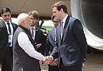 Llegada de Narendra Modi, primer ministro de India (45378999144).jpg