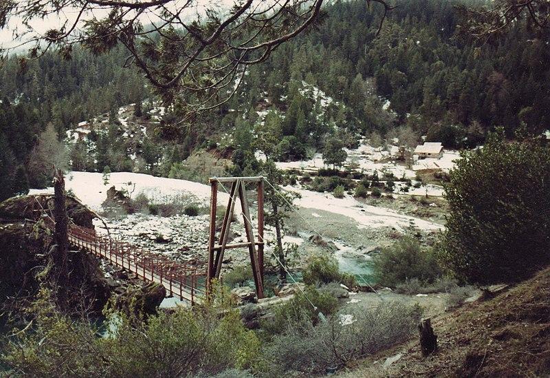 File:Lllinois rive swinging bridge (LJ) - panoramio.jpg