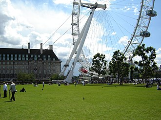 Jubilee Gardens, Lambeth - Image: London Eye from Jubilee gardens