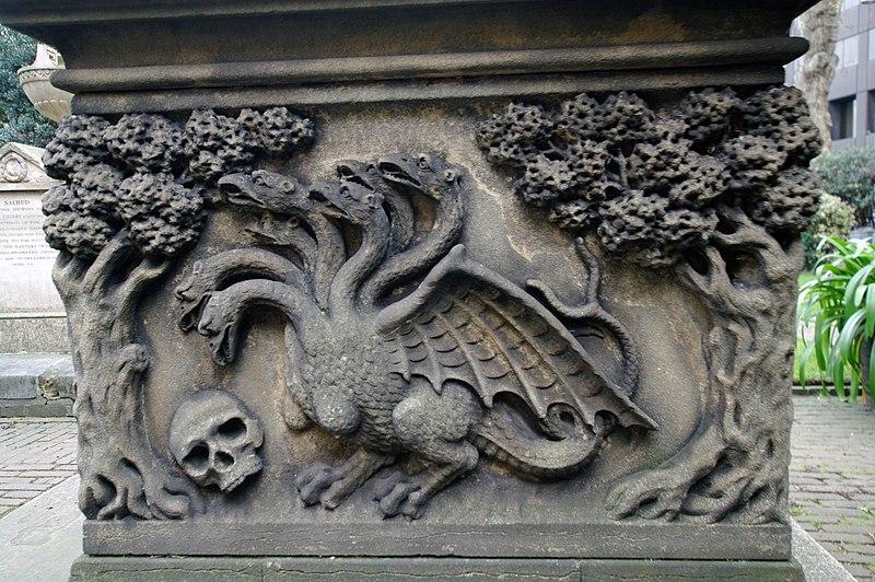 File:London garden museum -26 tomb.JPG