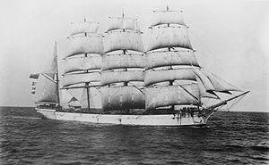 Lucipara (ship, 1885) - SLV H91.250-590.jpg