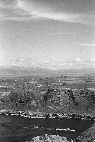 Lunga (Slate Islands) - Image: Lunga and the Grey Dog