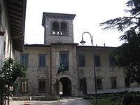 Luzzana castello 01.jpg