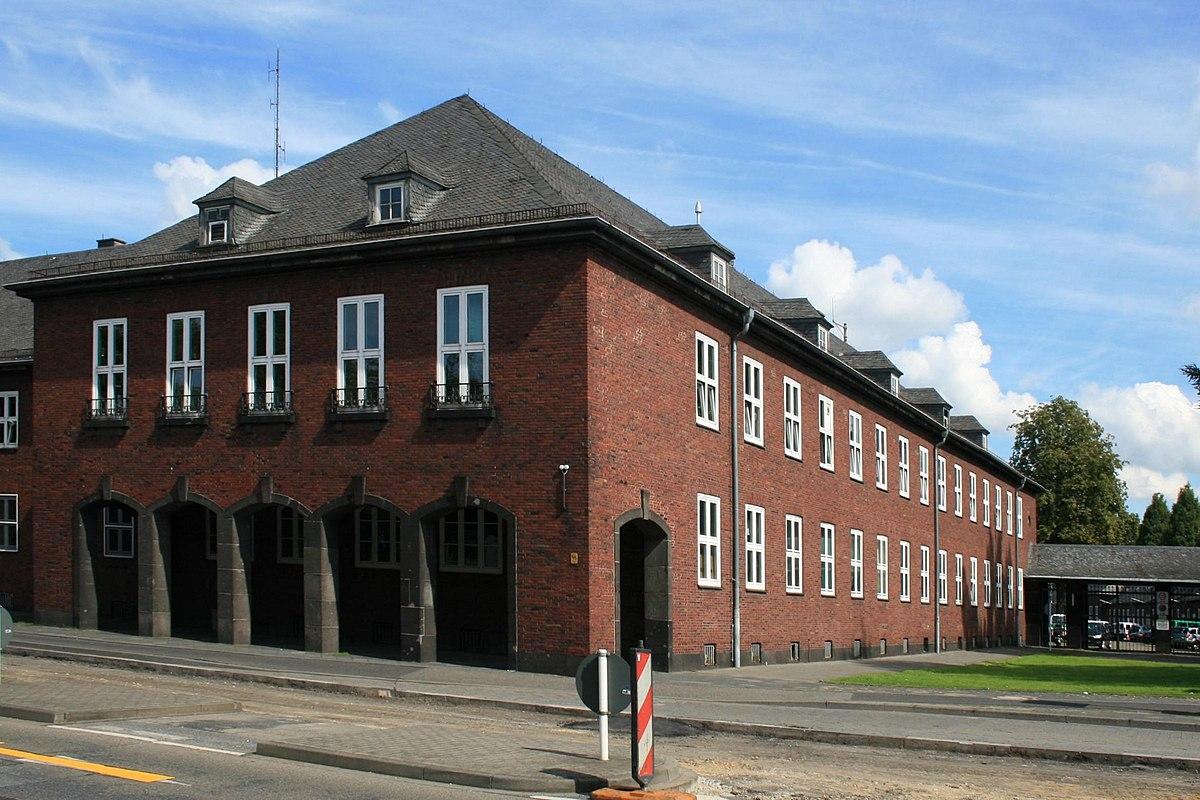 Theodor heuss strasse 149 monchengladbach wikipedia for Küchenstudio m nchengladbach