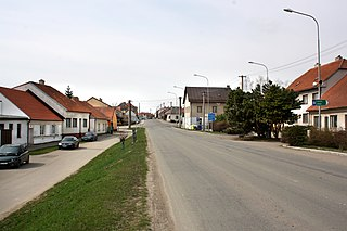 Měřín, road No 602.jpg