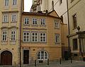 Měšťanský dům U kamenného stolu (Malá Strana), Praha 1, Malostranské nám. 26, Malá Strana.JPG
