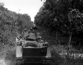 M113 Jungle Convoy Vietnam War.jpg