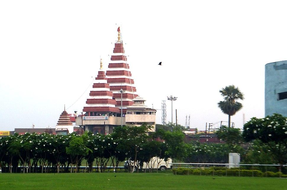 Mahavir Mandir from Buddha Smriti Park