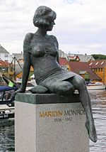 Marilyn Monroe sculpture, Haugesund.jpg