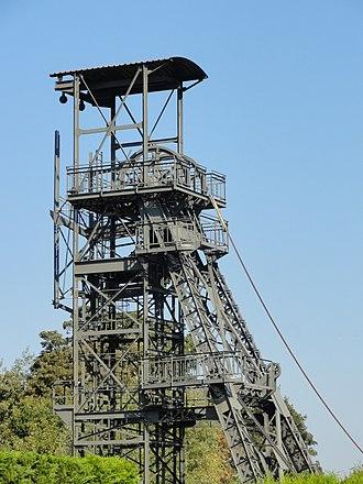 Nord-Pas de Calais Mining Basin - Image: Marles les Mines Fosse n° 2 des mines de Marles (49)
